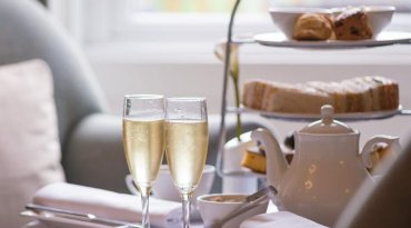 Moorhill House Hotel and Beaulieu Hotel Champagne afternoon tea